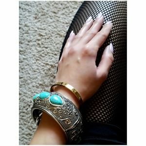 💚 ASOS Silver Turquoise Statement Cuff 💚